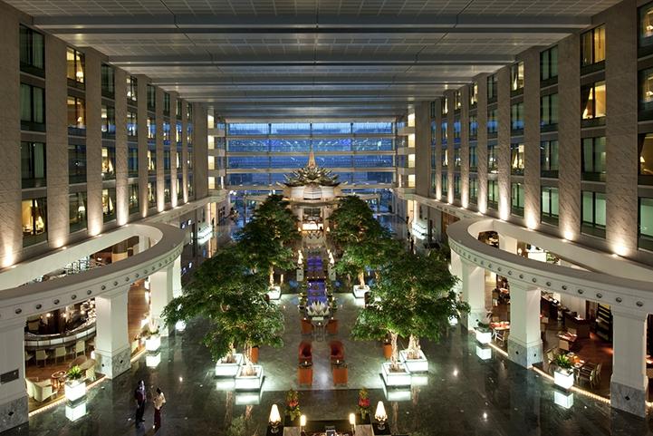 พักผ่อนหรู เคียงข้างสนามบิน @  Novotel Bangkok Suvarnabhumi Airport Hotel