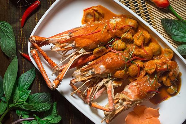 เทศกาลกุ้งแม่น้ำ ห้องอาหารครัวมหานาค สกายเลานจ์ แอนด์ คาราโอเกะ โรงแรมปรินซ์พาเลซ