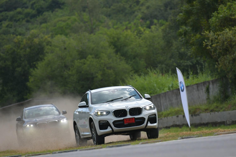 ขับตัวหรู BMW X4 ใหม่ พร้อมแรงเร้าใจกับ MINI John Cooper