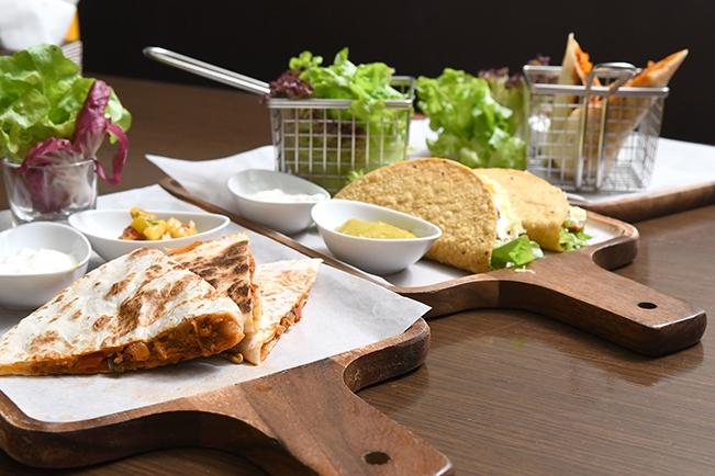 แซ่บเวอร์ สไตล์เม็กซิกันกับ Mexican Food Festival @  The Hourglass