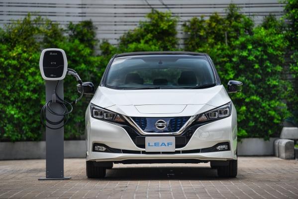 นิสสันจับมือเดลต้า แนะนำ เครื่องชาร์จรถยนต์ไฟฟ้าสำหรับที่อยู่อาศัยครั้งแรกในไทย